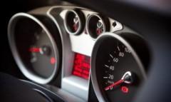 Idea jazdy ekologicznej i ekonomicznej z systemami samochodowymi